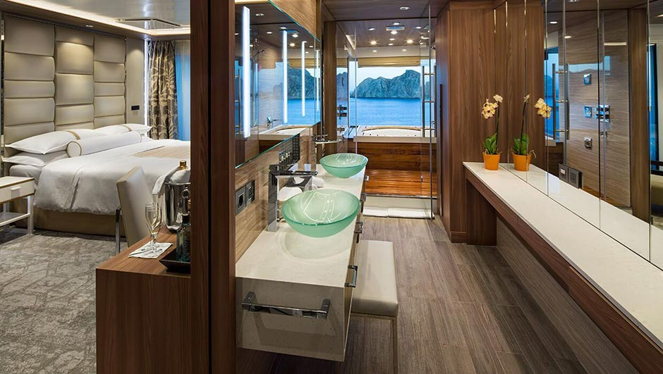 azamara-azamara-pursuit-club_spa_suite
