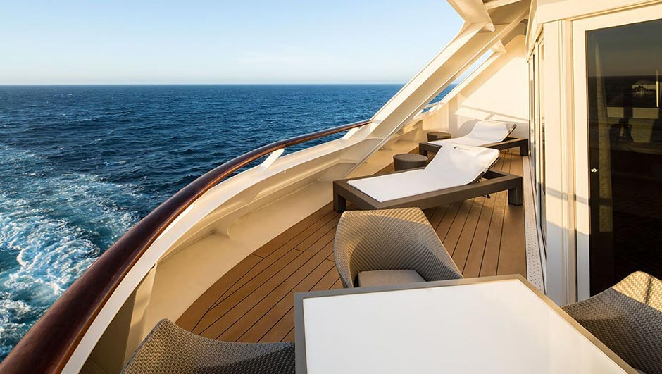 azamara-azamara-pursuit-club_world_owner_suite