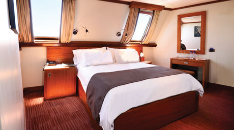 celebrity-cruises-celebrity-xperience-eov